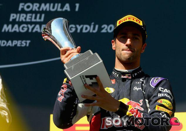 Ricciardo, en el podio del GP de Hungría - LaF1