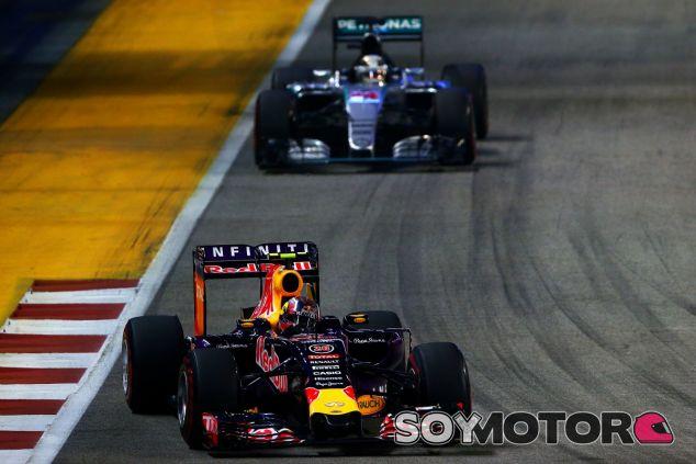 Red Bull se queda sin la opción Mercedes para 2016 - LaF1