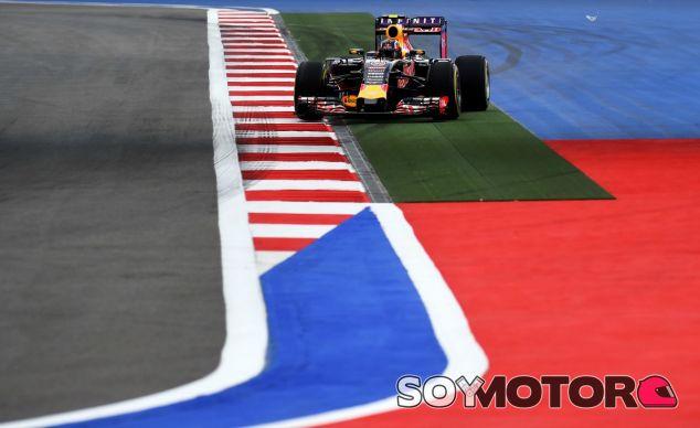 Ecclestone se desmarca de la polémica de Red Bull - LaF1