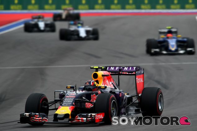 Kvyat se va de su carrera de casa con un quinto puesto - LaF1