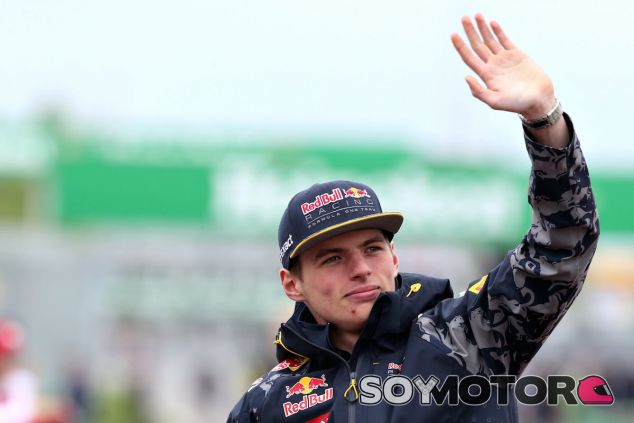 Max Verstappen durante el Drivers' Parade en Canadá - LaF1