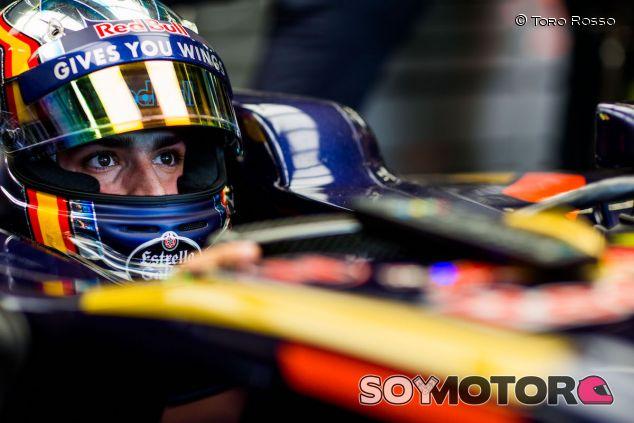 Carlos Sainz en su STR11 en Bakú - LaF1