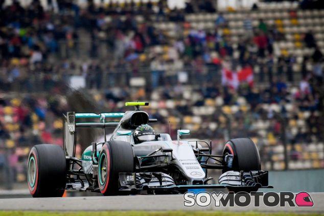 Mercedes estudia aumentar el sonido de la Fórmula 1 - LaF1