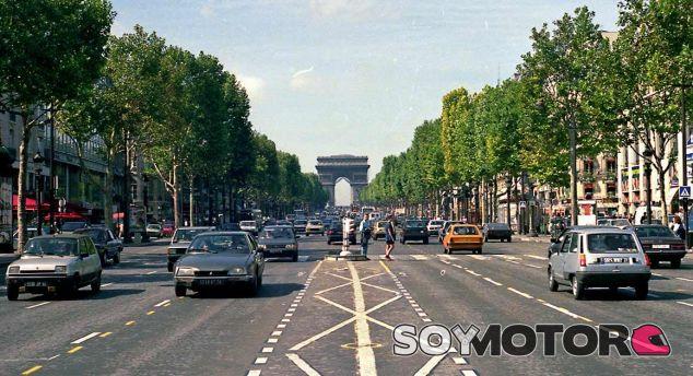 París prohibe los coches de los 80 y 90