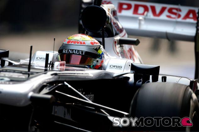 Pastor Maldonado en el FW35, patrocinado por PDVSA - LaF1