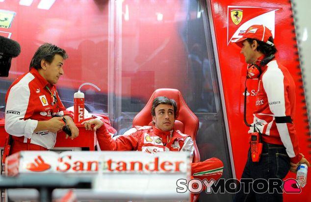 Fabrizio Borra, Fernando Alonso y Pedro de la Rosa