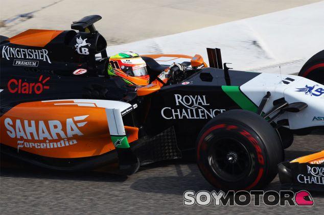 Sergio Pérez al volante de su Force India en Baréin - LaF1
