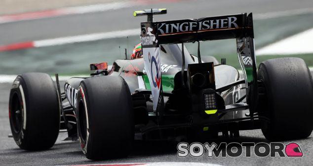 Sergio Pérez critica los neumáticos Pirelli en Barcelona - LaF1.es