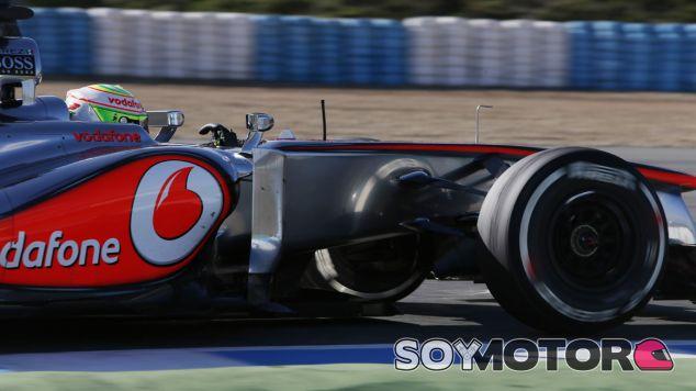 Sergio Pérez con el compuesto medio de Pirelli