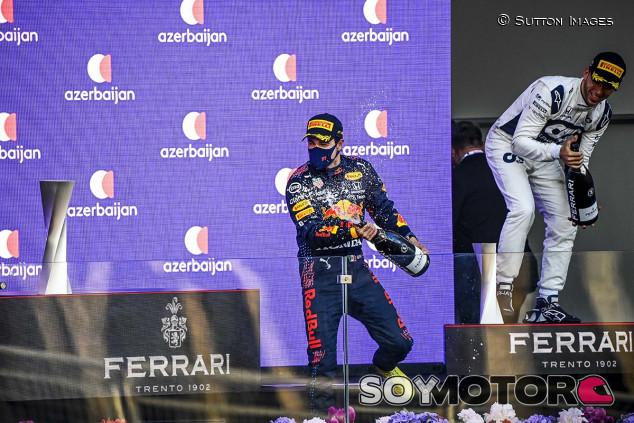 ¿Ha hecho méritos Pérez para renovar con Red Bull? Marko cree que sí - SoyMotor.com