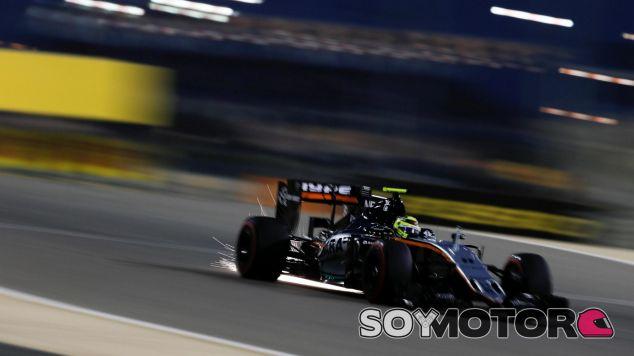 Sergio Pérez deberá remontar mañana - LaF1