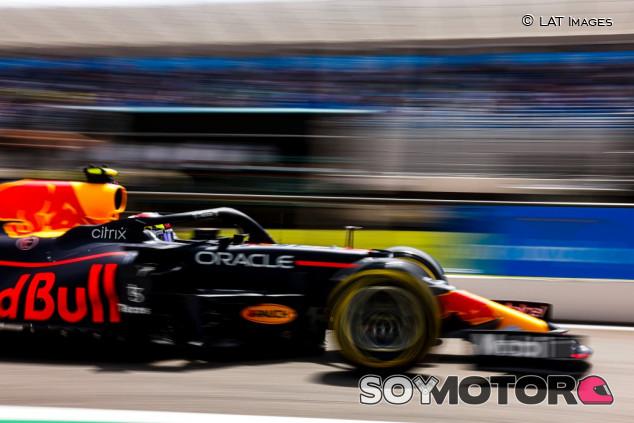 """Pérez no cede ante Mercedes: """"Esperamos estar ahí"""" - SoyMotor.com"""