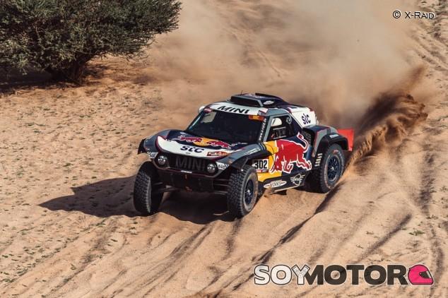 Dakar 2021: Peterhansel agranda su leyenda con el 14º 'touareg' - SoyMotor.com