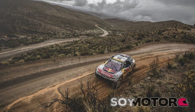 Peterhansel durante el Dakar 2017 - SoyMotor