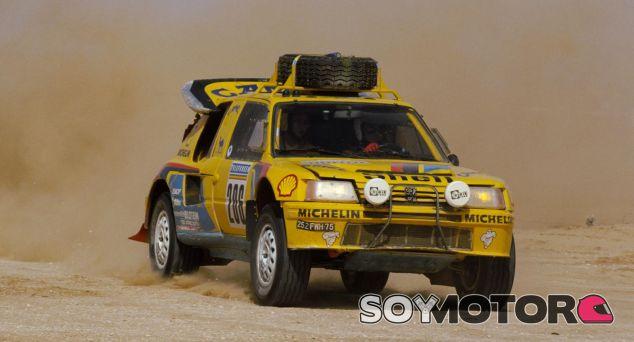 Peugeot 205 T16 del París Dakar de 1987 - SoyMotor.com