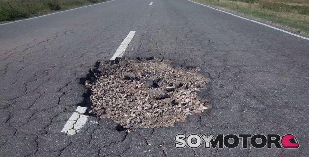 Google se cansa de los baches en carretera