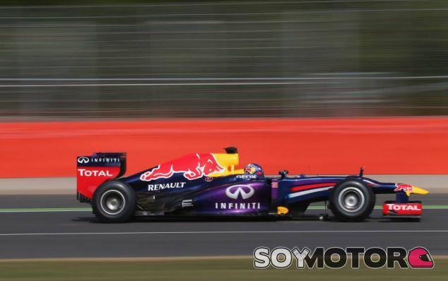 Daniel Ricciardo en los test de jóvenes pilotos de Silvestone