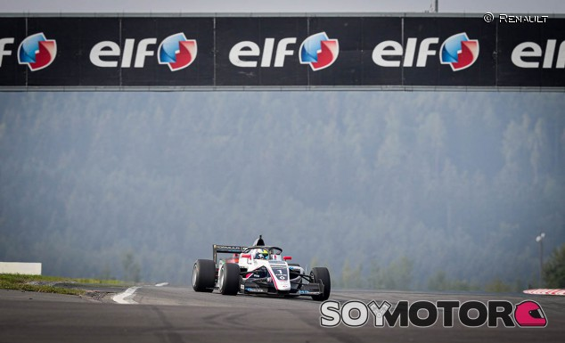 Piastri gana en Nürburgring y abre hueco en el campeonato - SoyMotor.com