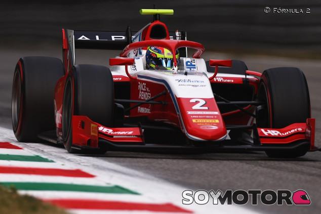 Piastri controla a Zhou para ganar en el caos de los coches de seguridad de Monza