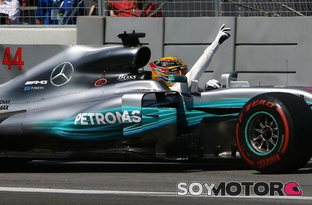 Victoria de Hamilton a una parada; Ferrari buscó el podio con dos - SoyMotor.com