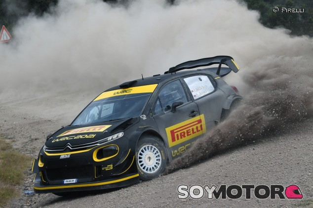 Pirelli presenta su gama de neumáticos para el WRC 2021 - SoyMotor.com
