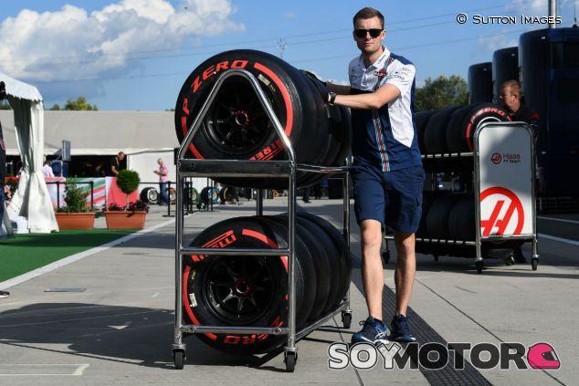 """Pirelli: """"Habrá una o dos paradas, depende de la tasa de degradación"""" - SoyMotor.com"""