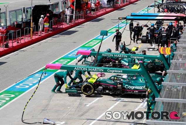 Un fallo en las comunicaciones cegó a los equipos en Imola - SoyMotor.com