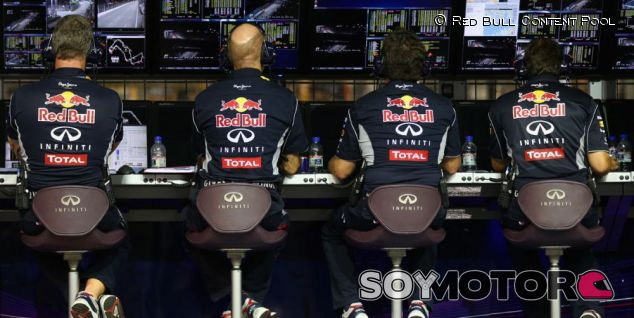 20 trofeos robados a Red Bull aparecen a 60km de Milton Keynes - LaF1