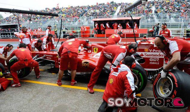Pit stop de Felipe Massa en el GP de Canadá 2013 - LaF1