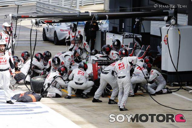 Pitstop del equipo Haas - LaF1