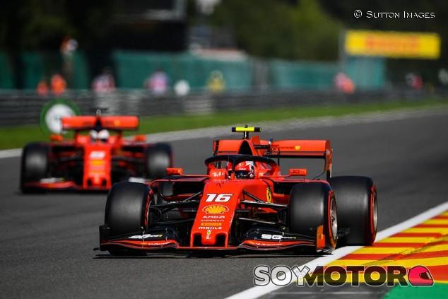 Charles Leclerc y Sebastian Vettel en el GP de Bélgica F1 2019 - SoyMotor.com