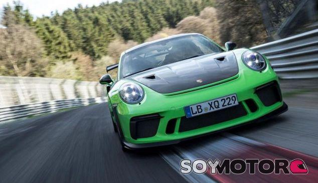 El piloto oficial de Porsche, Kévin Estre, ha sido el encargado de marcar este récord - SoyMotor