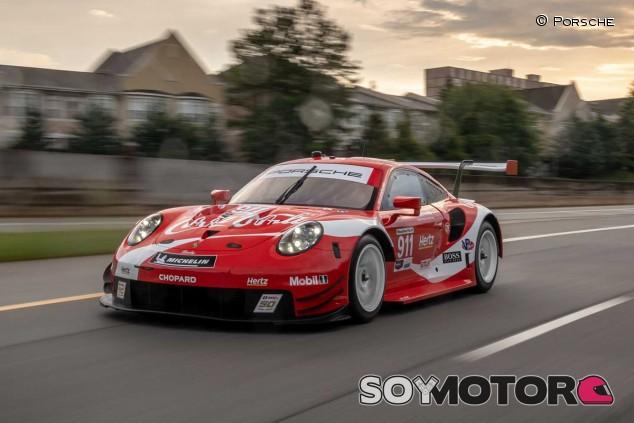 El Porsche 911 RSR Coca-Cola - SoyMotor.com