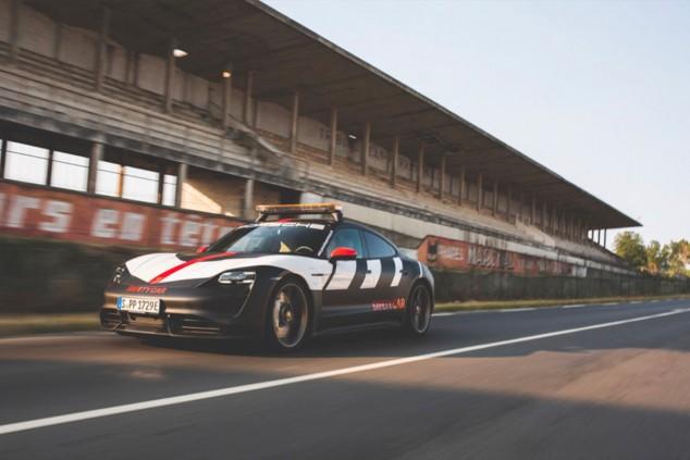 Porsche presenta el Taycan Turbo 'safety car' de la Porsche Cup - SoyMotor.com