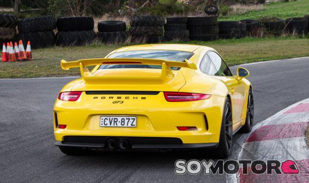 El mundo del automóvil deja historias curiosas, como la protagonizada por Porsche y Honda - SoyMotor