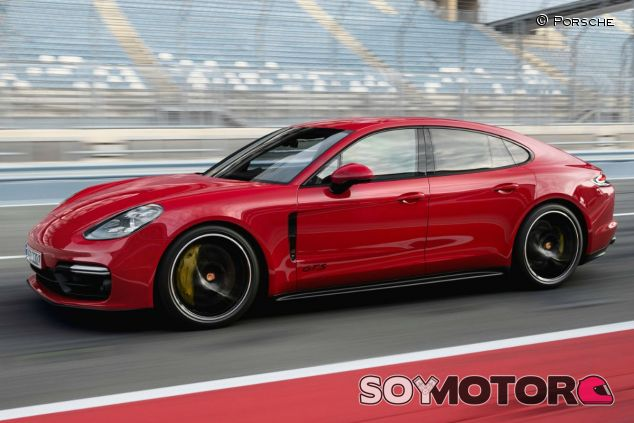 Porsche Panamera GTS 2019 - SoyMotor.com