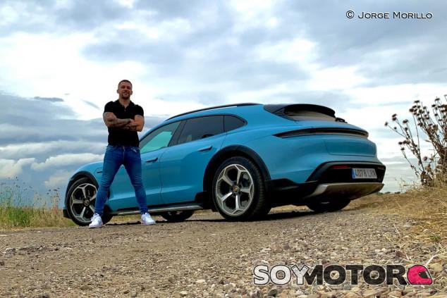 Porsche Taycan Cross Turismo 2021: eléctrico, aventurero y más versátil - SoyMotor.com