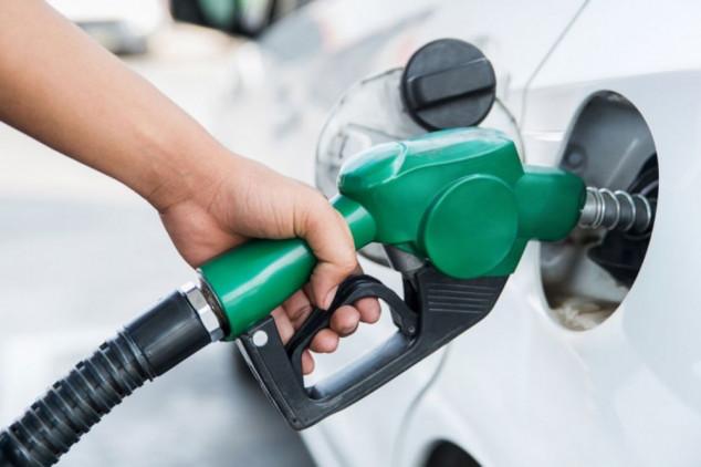 ¿Cuánto más pagamos por los coches y carburantes respecto a 2020? - SoyMotor.com