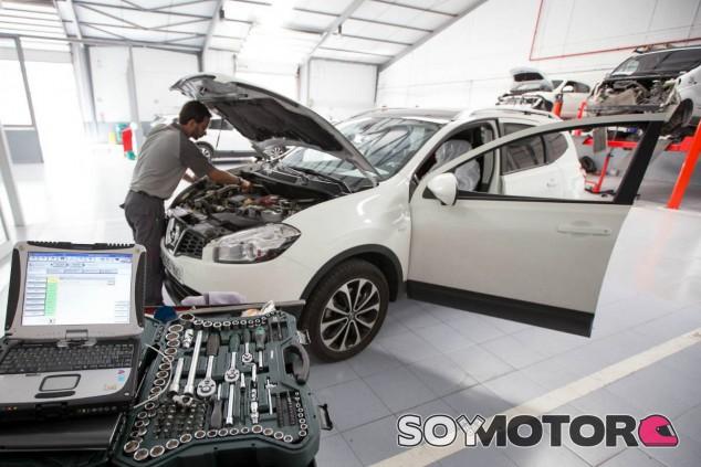 Los coches y los carburantes, cada vez más caros en España - SoyMotor.com