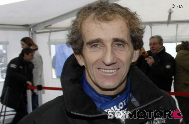 Alain Prost durante un acto promocional - LaF1