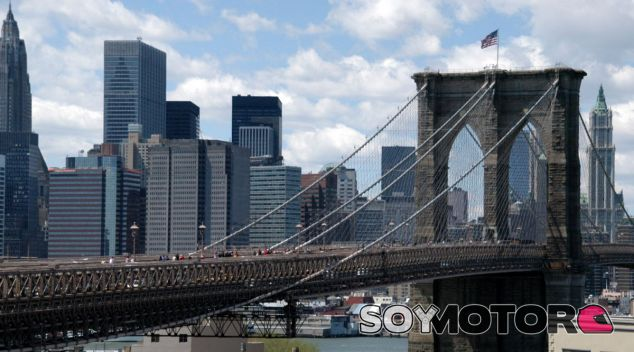 El Puente de Brooklyn es escenario habitual en series y películas - SoyMotor