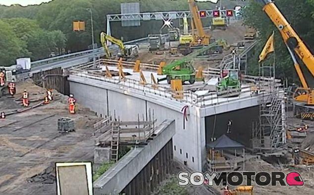 Momento de la meteórica obra acometida en Holanda - SoyMotor