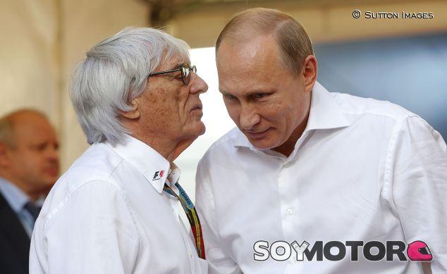 Bernie Ecclestone y Vladimir Putin en 2014 - LaF1