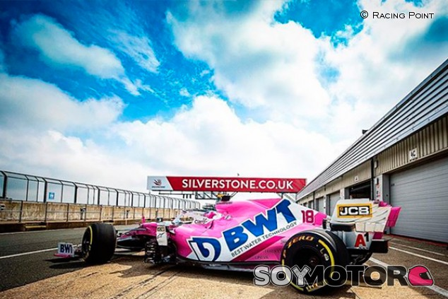 Racing Point se prepara para el reinicio con un filming day en Silverstone  - SoyMotor.com