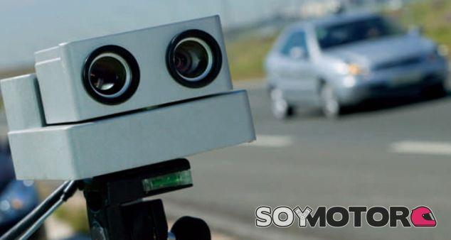 Radar tipo 'Autovelox' basado en un sistema de tres rayos láser - SoyMotor
