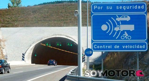Multa récord por circular a 280 por hora en un túnel limitado a 90 - SoyMotor.com