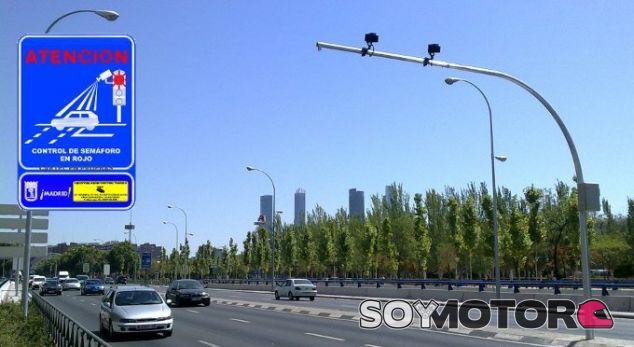 Los nuevos radares de semáforo están precedidos de una señal informativa - SoyMotor.com