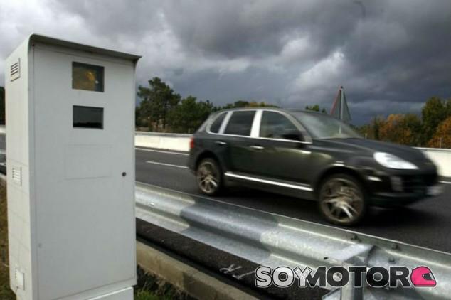 La DGT gastará 1,6 millones de euros en la puesta a punto de los radares - SoyMotor.com