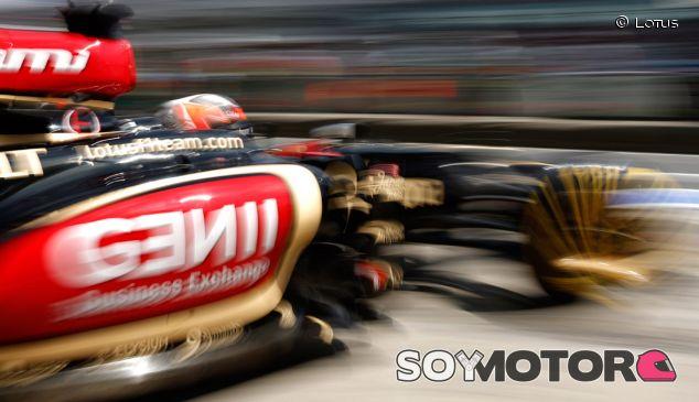 Kimi Räikkönen sale de boxes en Nürburgring