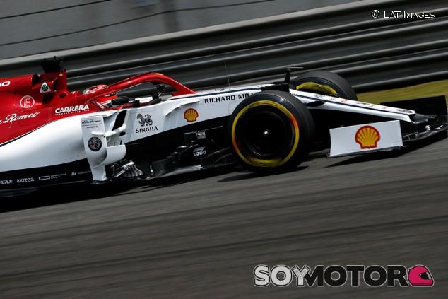Räikkönen sigue con una cerveza tailandesa como patrocinador en Alfa Romeo - SoyMotor.com